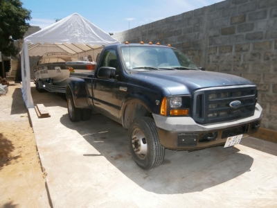 4x4 Ford F350 Pick-Up