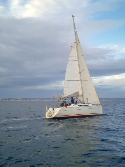 Location voilier sun fast 32i marseille